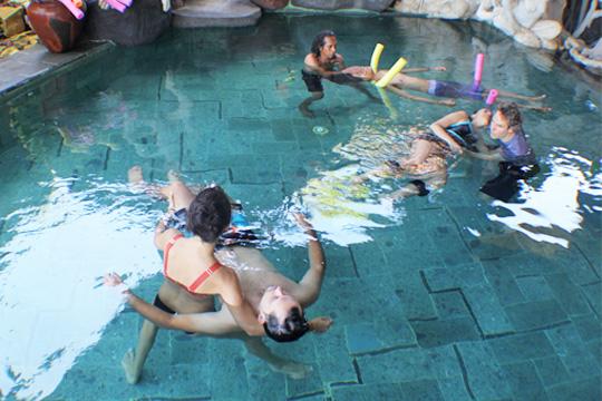 treatment water healing, watsu aerobic