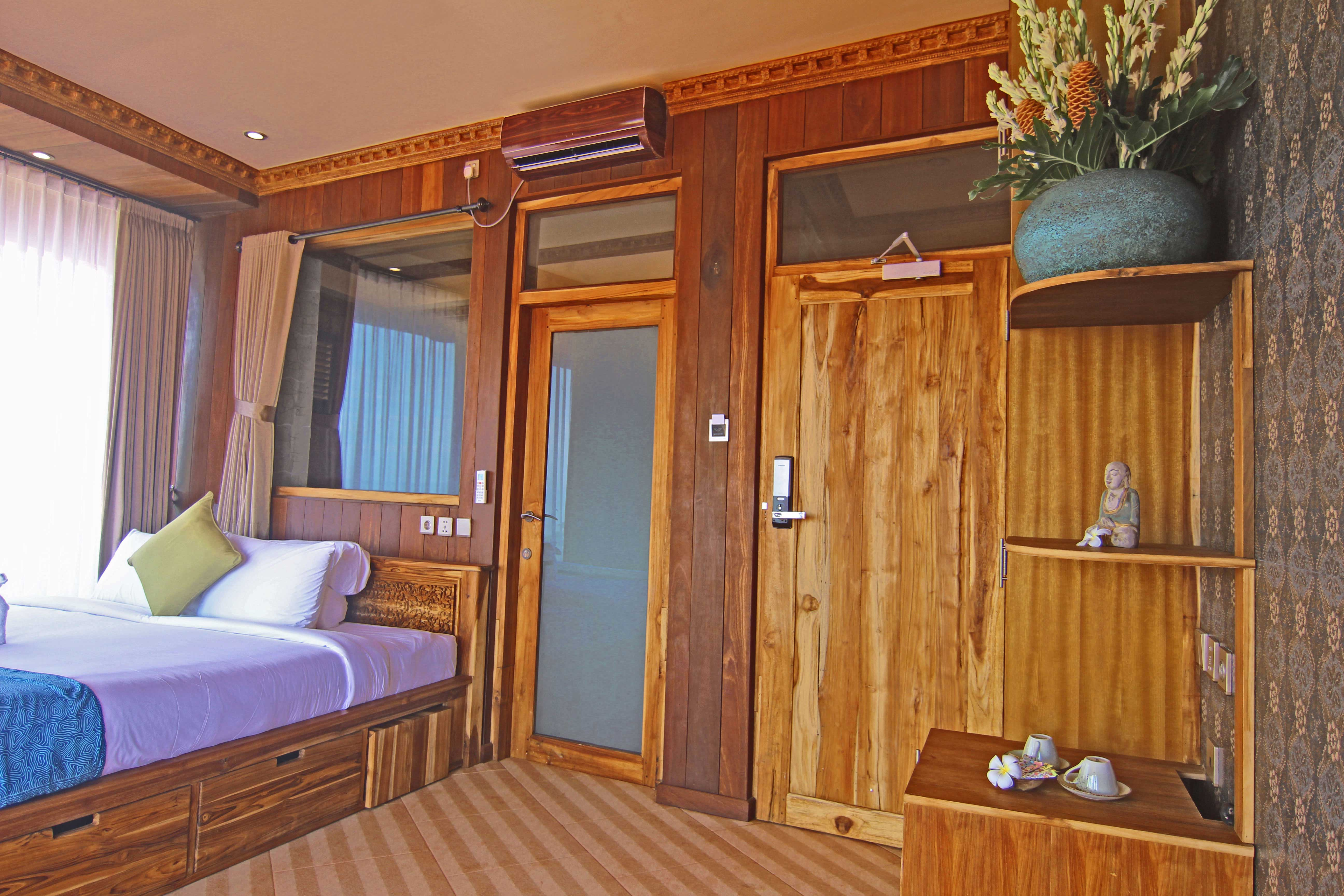 Junior-Suite-Ocean-Escape,-room,-bedroom,-beachview,-beachfront,-udara-bali