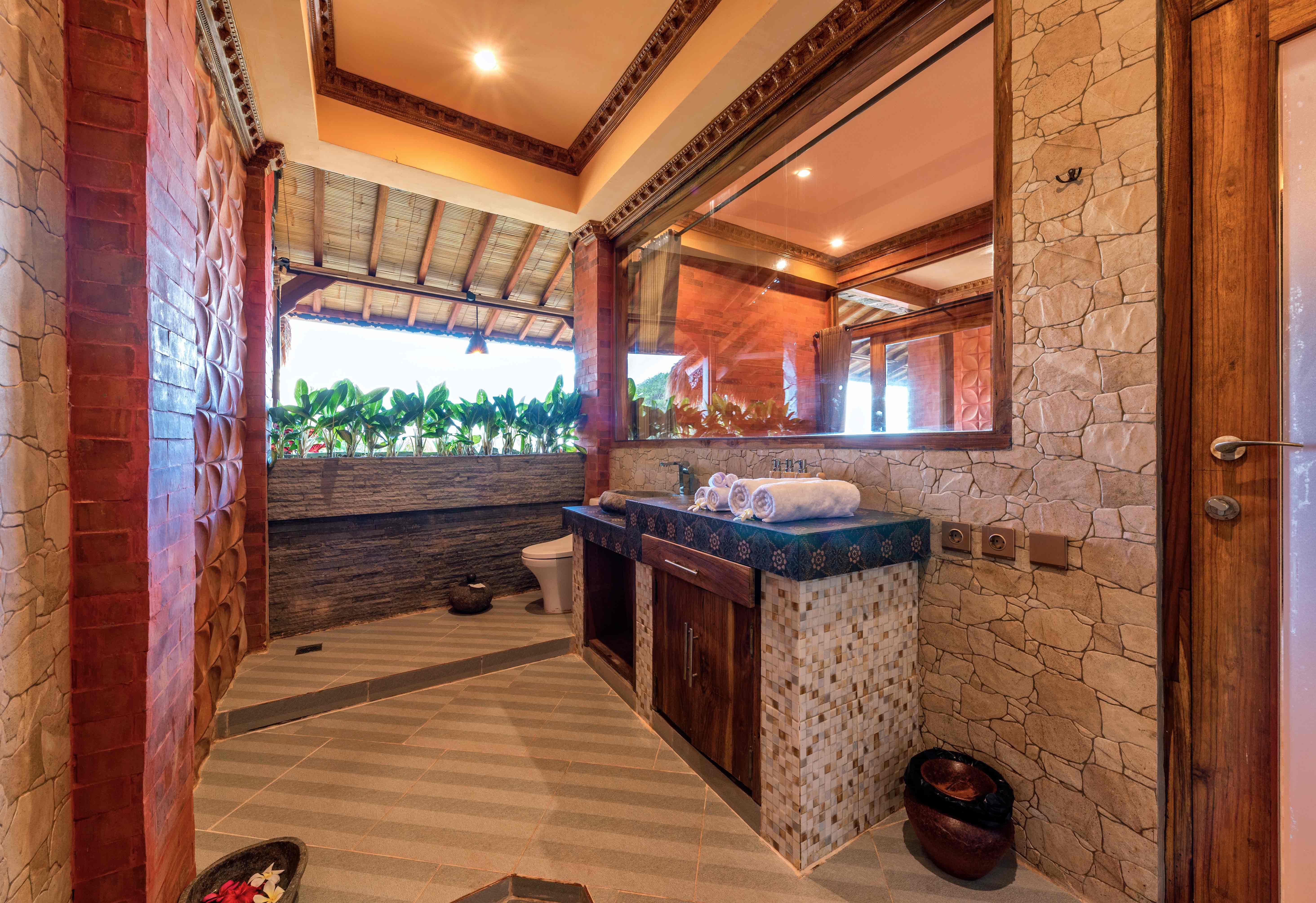 suite-wooden-escape,-batroom,-udara-bali