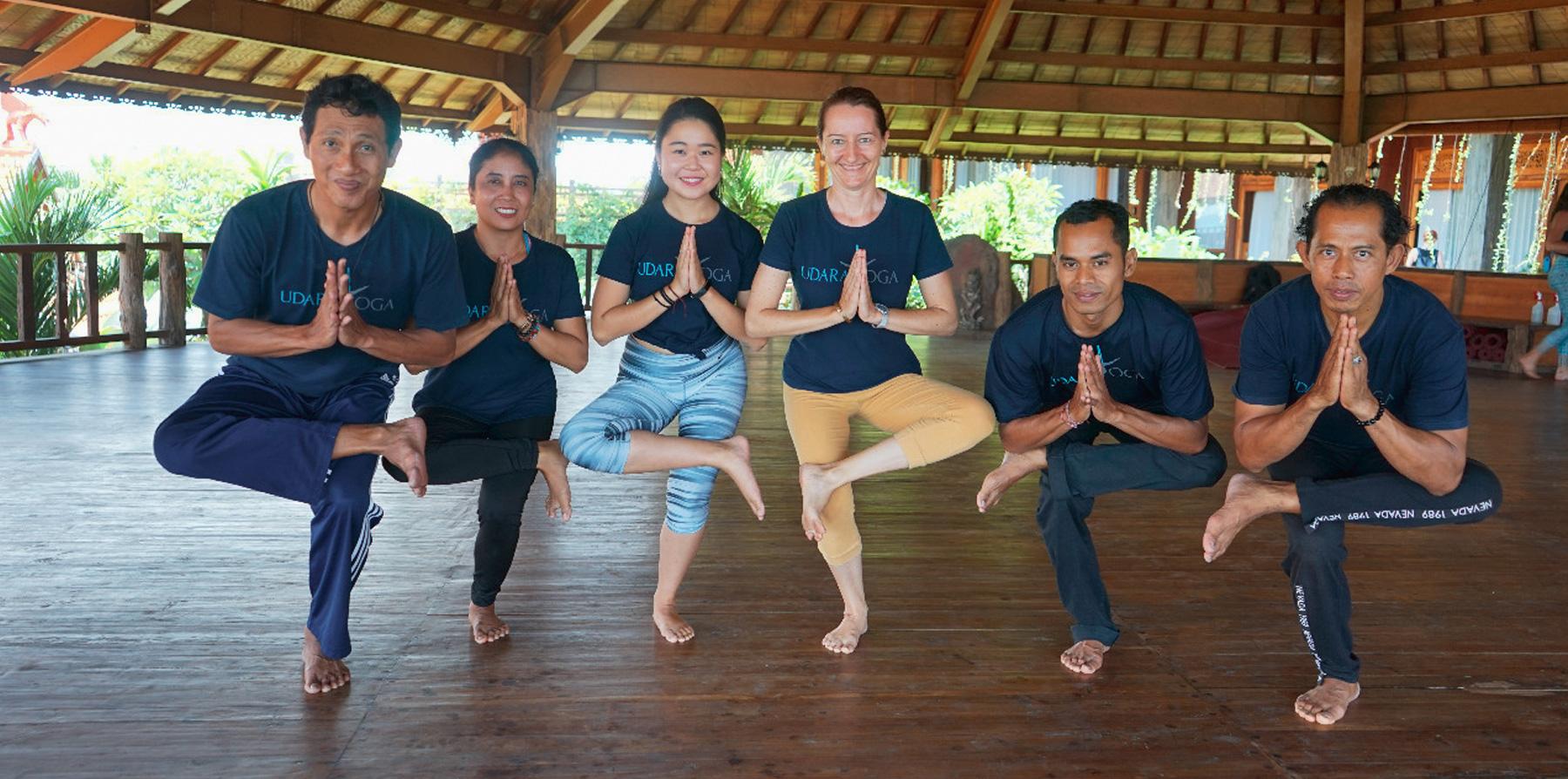 Group Yoga udara bali