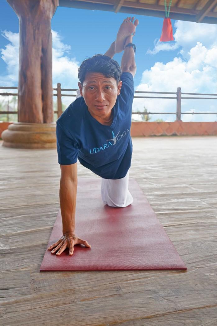 wira---gus--yoga-teacher