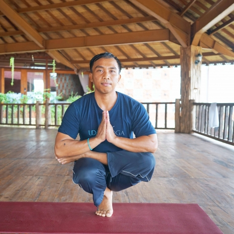 setya-yoga-teacher,-yoga-teacher,-udara-yoga-teacher,-udra-bali,-udara-bali,-udara-bali,-yoga-teacher,-yoga