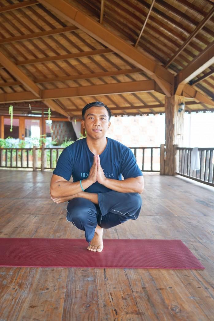 setya-yoga-teacher,-yoga-teacher,-udara-yoga-teacher,-udra-bali,-udara-bali,-udara-bali,-yoga-teacher,-yoga