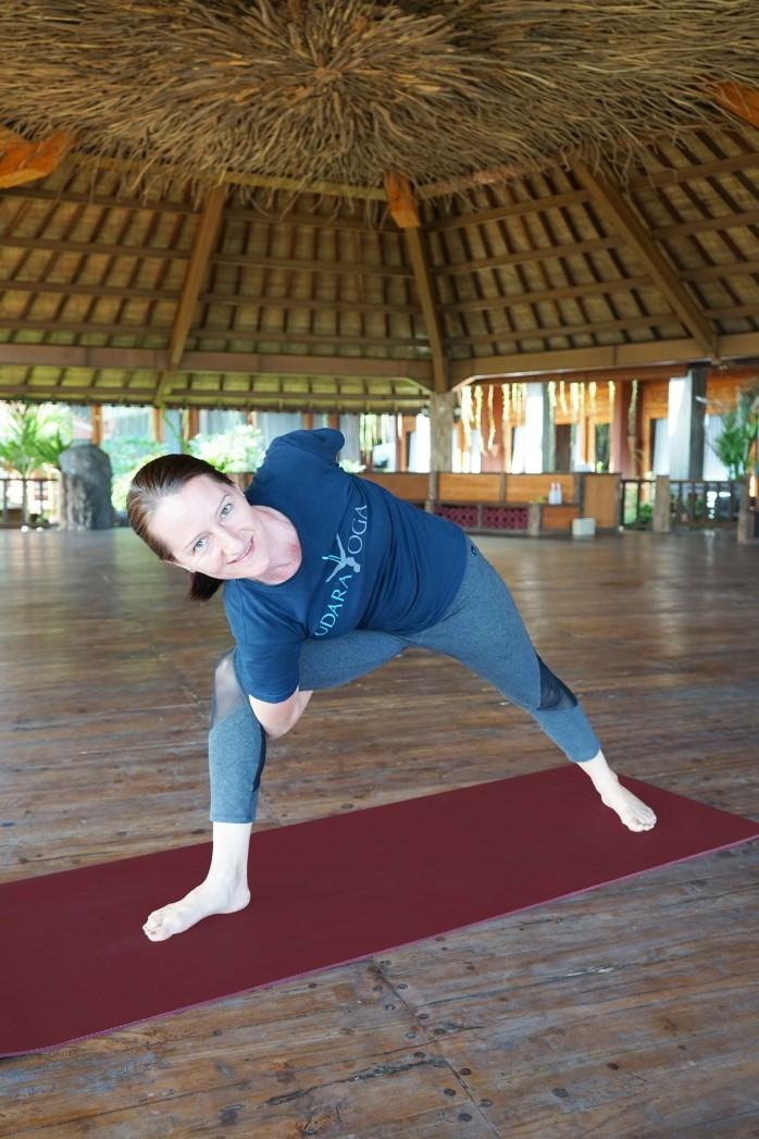 martina,-yoga-teacher,-udara-yoga-teacher,-udara-yoga-,-yoga-in-canggu,-yoga-i-bali