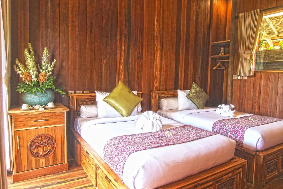 Marvellous-Ocean-Glimpse-Wooden-Escape,-udara-bali,-bedroom,-room