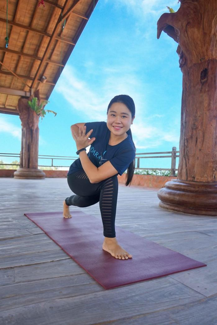 jane-yoga-teacher